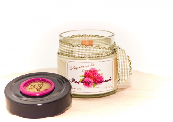 Raspberry Lemonade Lily Round Jar mini