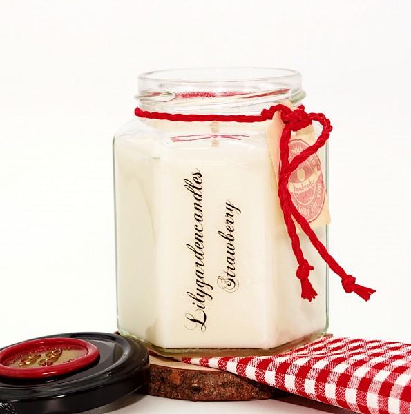 Strawberry Country House Jar medium