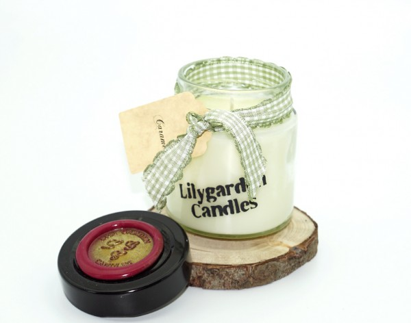 Caramel Lily Round Jar mini