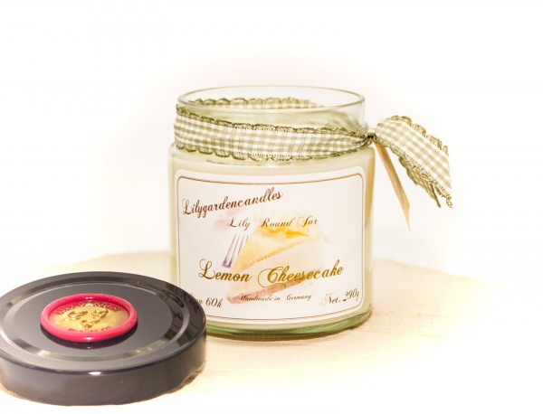 Lemon Cheesecake Lily Round Jar medium