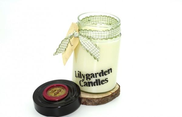 Caramel Lily Round Jar medium